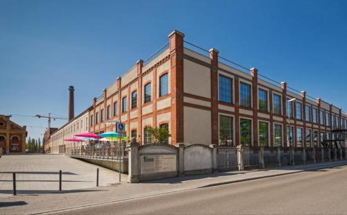 Außengestaltung Staatliches Textil- und Industriemuseum Augsburg