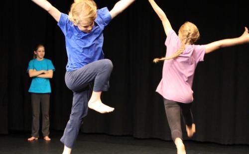 Tanz und Schule Augsburg... da bewegt sich was...