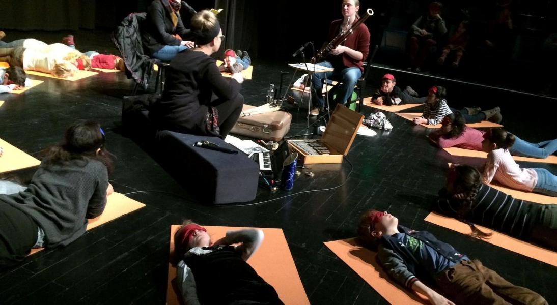 Augen zu und Lauscher auf - HörTheater für Kinder und Familien_4